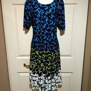 🆕Gabby Sky color block dress. Unique, beautiful.
